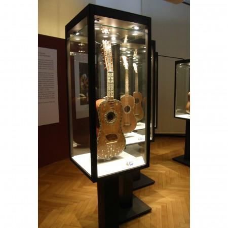 Exhibition showcase Edizioni Il Salabue