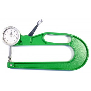 Caliper for measuring thickness